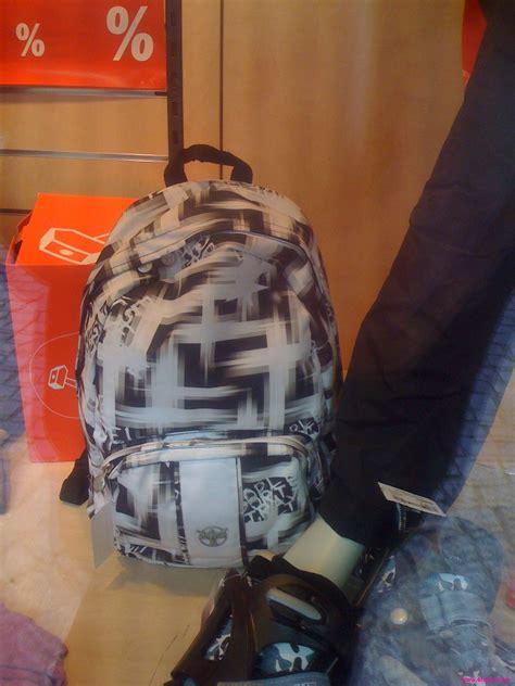 komischer rucksack