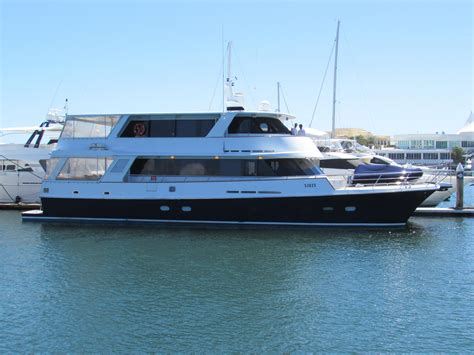 Catamaran Motor Yachts For Sale by 1986 86 Luxury Catamaran Motor Yacht Power Boat For Sale