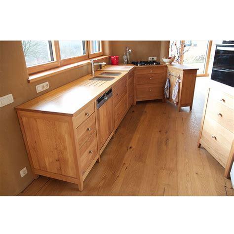 cuisine en chene massif cuisine quot reflets quot en chêne 100 massif le bois d 39 antan