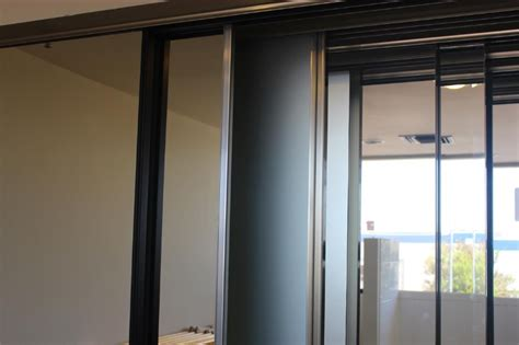 mirrored wardrobe and closet door in san diego discount