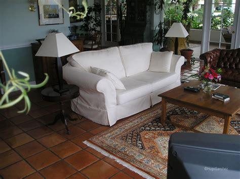 terracotta sofa living room mexican terracotta céramiques hugo sanchez inc