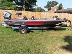 1986 Skeeter Starfire Bass Boat
