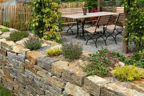 Steingarten Als Mauer » So Pflanzen Sie Vertikal