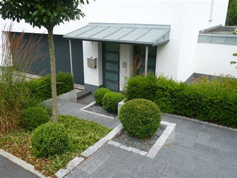 Garten Eingangsbereich Gestalten by Gartengestaltung Eingangsbereich