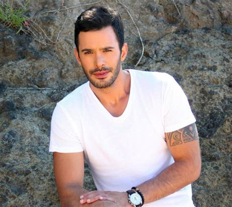 Kush janë aktorët e famshëm turq me origjinë shqiptare ...