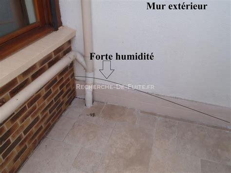 humidité mur intérieur chambre humidite sur mur interieur humidit des murs quelles sont