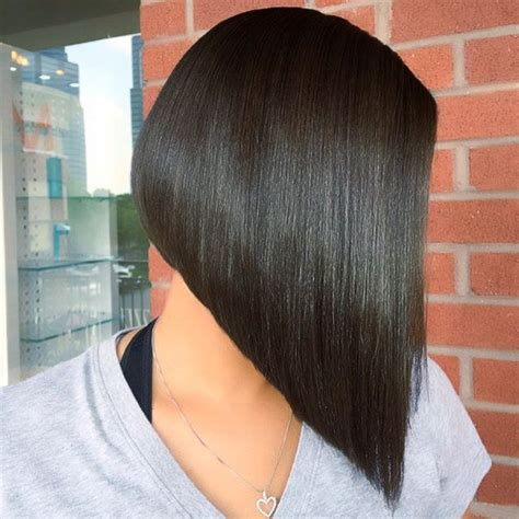 popular angled bob haircuts youll   copy hairstyles weekly