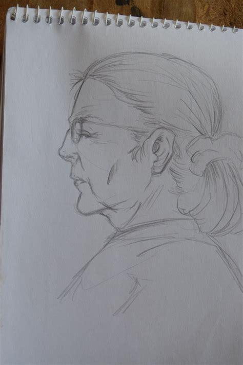Anciana Dibujo De Colectivo Por Earprimero Dibujando