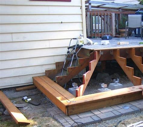 escaliers de jardin en bois se construire