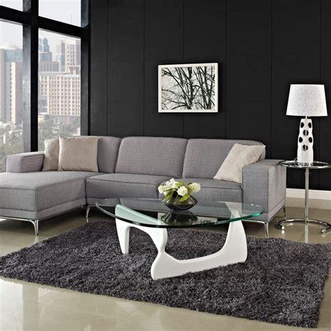 quel tapis avec canapé gris table basse en verre blanche 23 idées pour le salon moderne