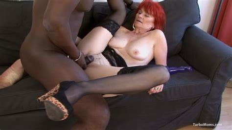 European Gilf Elaine Toys Around With Her Prick