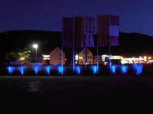Licht Ohne Strom : beleuchtung individual f r outdoor indoor events gro veranstaltungen familienfeiern infos ~ Orissabook.com Haus und Dekorationen