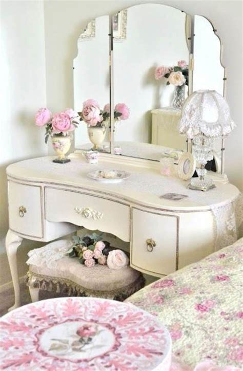 little girls makeup table furniture some tips on buying the right vanities for girls