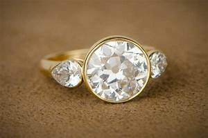 How much does a vintage engagement ring cost for What should a wedding ring cost