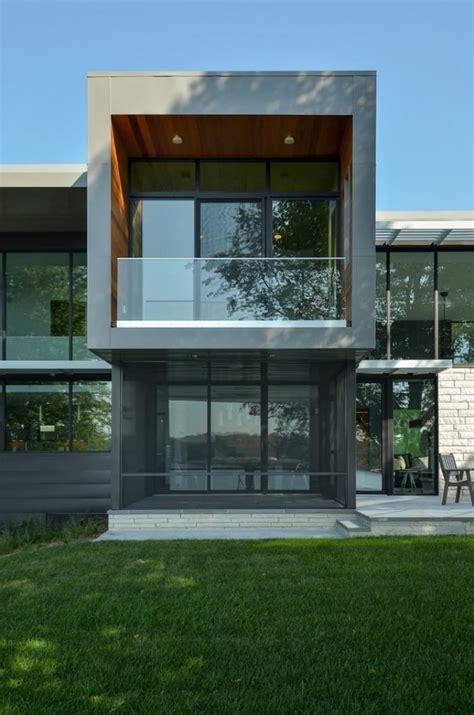 Moderne Häuser Usa by Modernes Zweist 246 Ckiges Haus Mit Grauer Fassade Und Gro 223 En