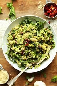 Amazing and quick pea pesto pasta that's vegan, gluten ...