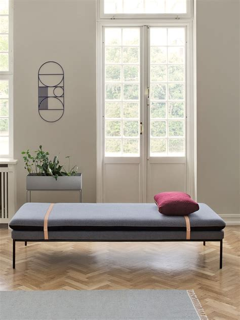 Turn   Daybed   Grey