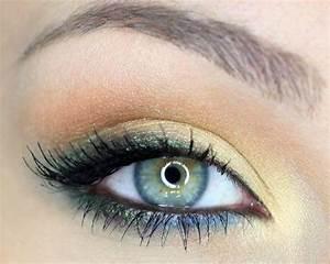 6 Best Makeup Colors For BlueGreen Eyes  stylecrazecom