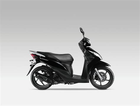 2011 Honda Vision 110 Scooter Launched [gallery