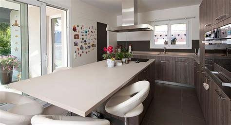 modele cuisine avec ilot central table idee cuisine avec ilot cuisine moderne avec lot cuisine
