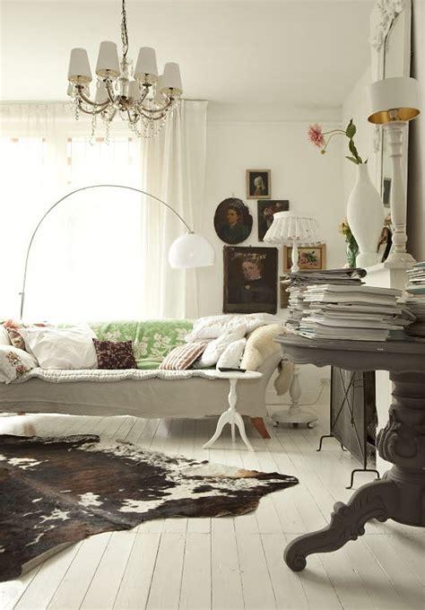 bruin koeienkleed moois en liefs wonen in wit met een kleurtje
