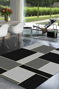 tapis de salon gris 10 idees de decoration interieure With tapis de salon gris