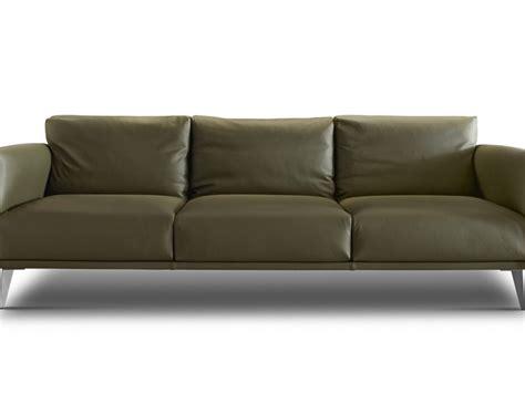 Divano Doimo Prezzo - divano stile libero doimo salotti prezzi outlet
