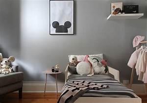 du rose et gris dans une chambre de petite fille With chambre petite fille rose