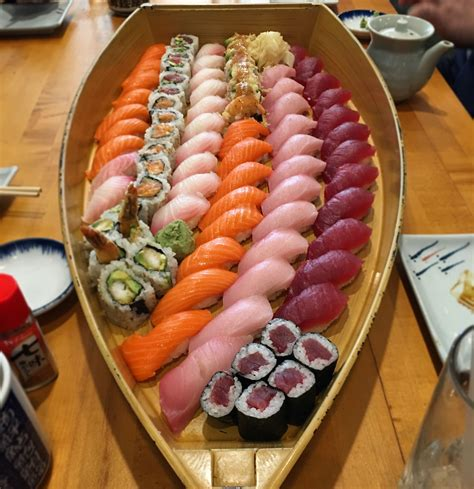 Boat Sushi by I Ate Sushi Boat Http Ift Tt 2mmb5pu Foods