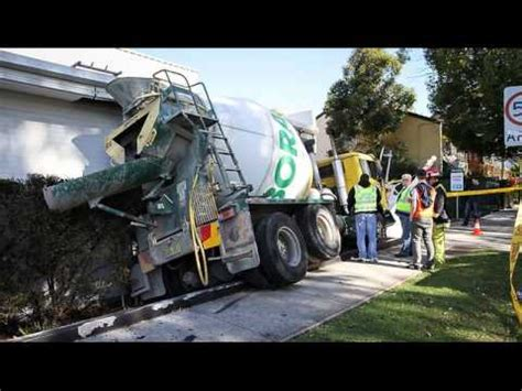 cement truck accidents cement truck wrecks  crashes