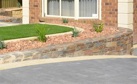 Five Landscaping Ideas For Front Gardens On A Budget