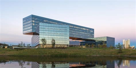 The company is always a friend of it's valued customer through its business responsibility and also through its corporate social responsibility (csr). Zurich North America Headquarters - CSI