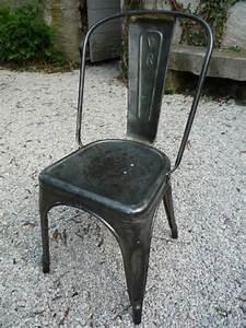 Chaise Metal Tolix : chaise tolix 39 a 39 metal atelier industriel loft 1950 mettetal industry design industriel du ~ Teatrodelosmanantiales.com Idées de Décoration