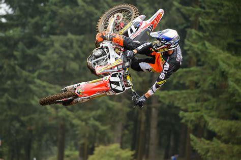 motocross race dirtbike moto motocross race racing motorbike honda h