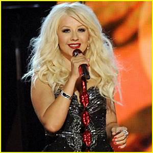 Christina Aguilera: Grammys Tribute to Aretha Franklin ...