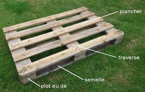 coussins pour canapé 5 projets en palette pour le jardin
