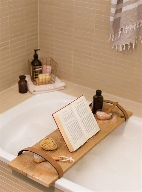 geschenke aus holz selber machen die besten 25 badewannenablage holz ideen auf badewanne ablage badewannenbrett und
