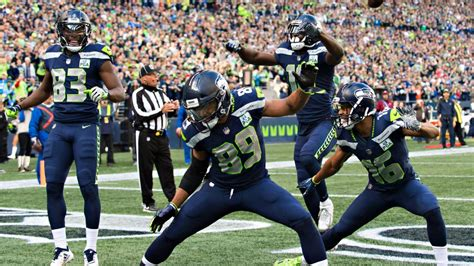 seahawks receivers  sync  td dance seattle
