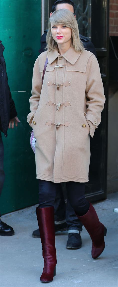 Taylor Swift Winter Style - Out in New YOrk City, February ...