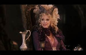 Kristin Bauer van Straten Returns to ONCE UPON A TIME ...