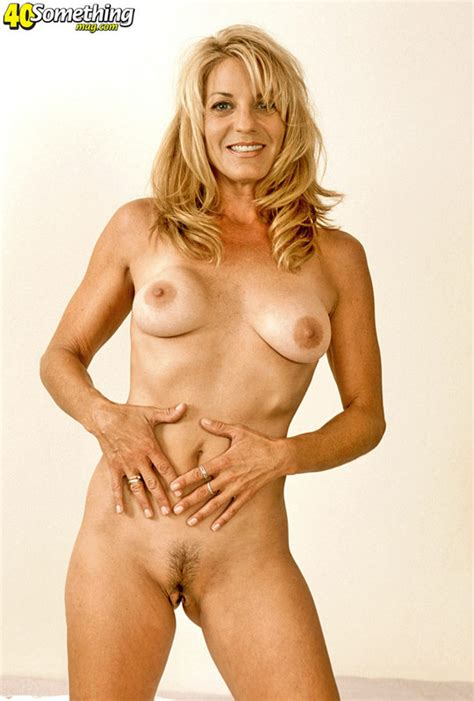 Coonymilfs - Chelsea from 40 Something Mag, Hot mom pics Image #13