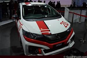 Honda Jazz Racing Concept Displayed at 2016 Delhi Auto Expo