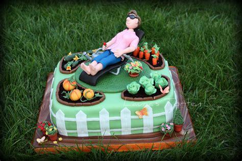 Geburtstagerwachsene » Garten Torte Für Mutti