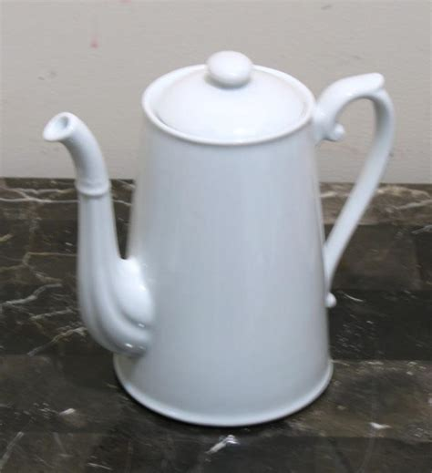 new williams sonoma apilco 7 25 quot tall coffee pot white