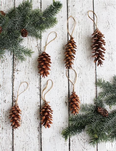 pine cone christmas ornaments 3 easy and beautiful homemade christmas ornaments