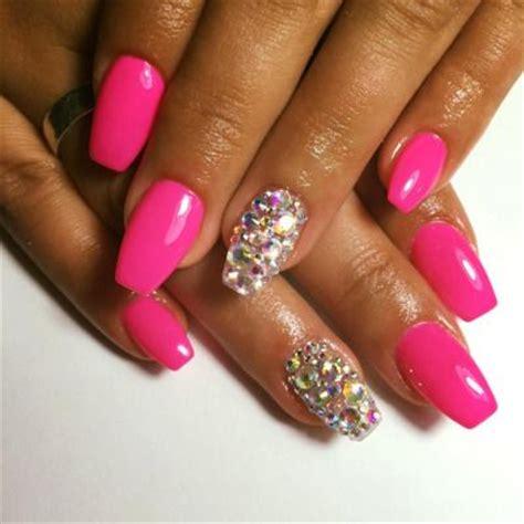 nägel weiß rosa unhas de gel formato quadrado tamanho m 233 dias cor rosa aplica 231 227 o brilhantes desenho