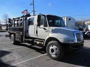 International 4200   Service Trucks
