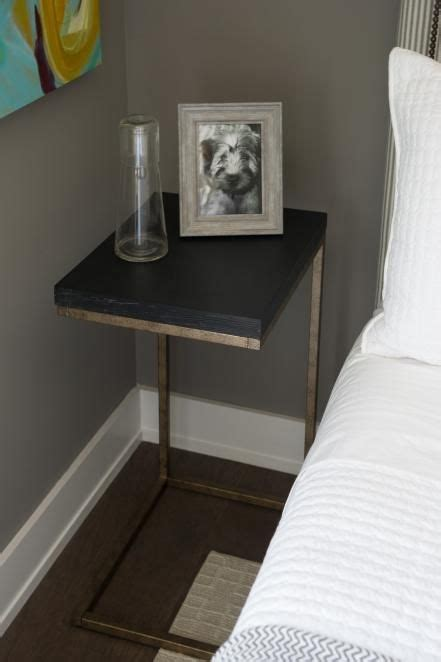 Small Bedroom Tables by Best 25 Modern Bedside Table Ideas On