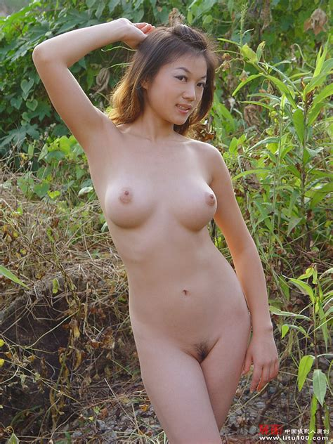 Naked Chinese Farmer Poses In Vinyard