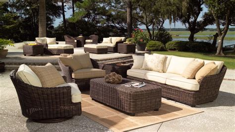 Patio Arrangements by Patio Furniture Arrangement Sun Room With Wicker